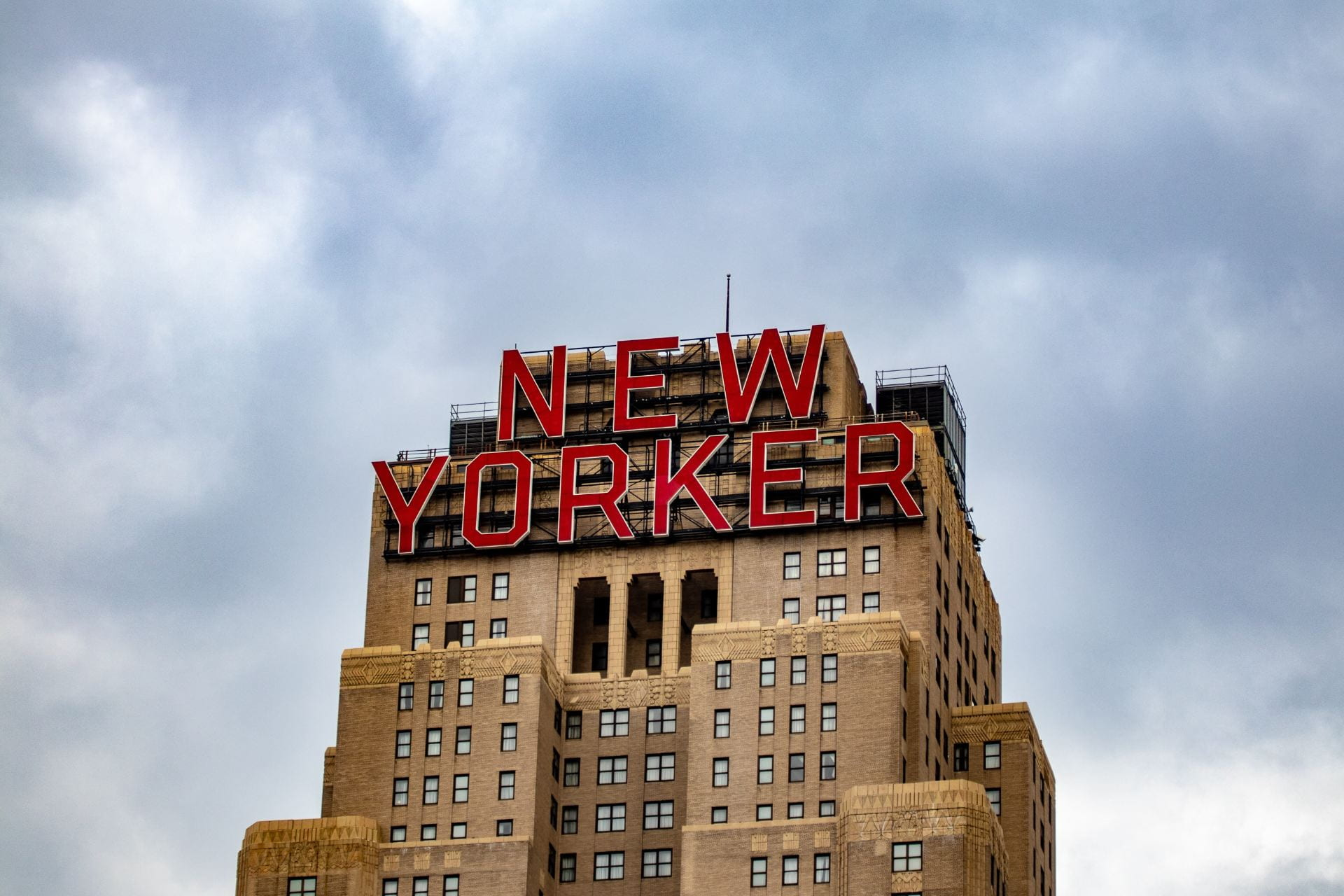 New Yorker Hotel